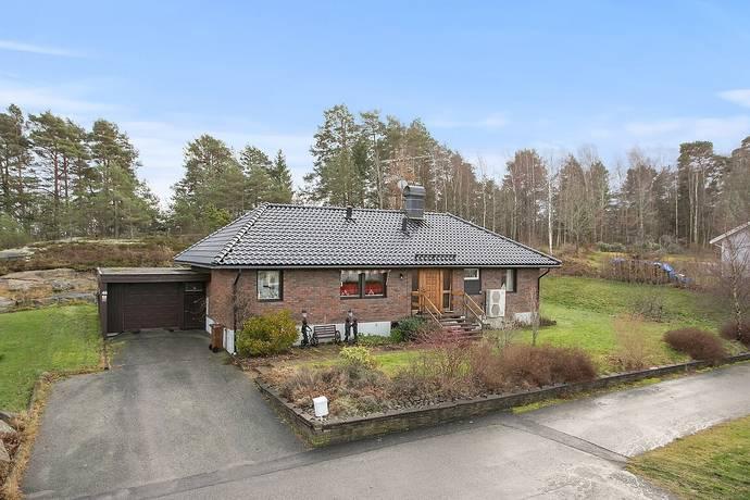 Bild: 6 rum villa på Morkullevägen 48, Tanums kommun Tanumshede