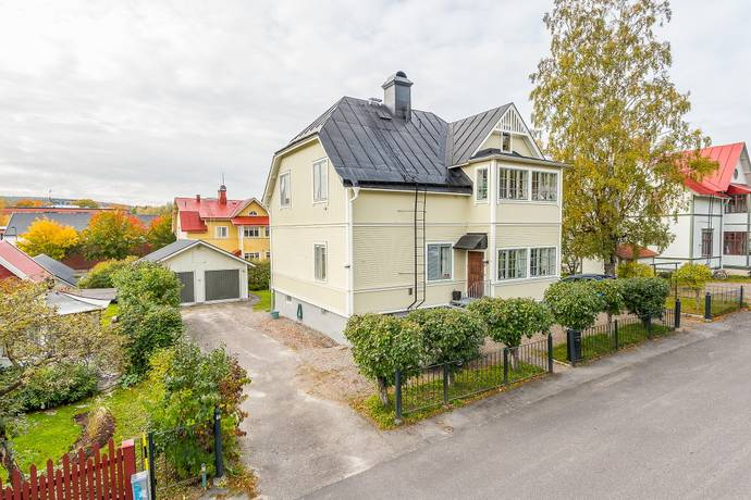 Bild: 6 rum villa på Villagatan 3, Sundsvalls kommun Centralt