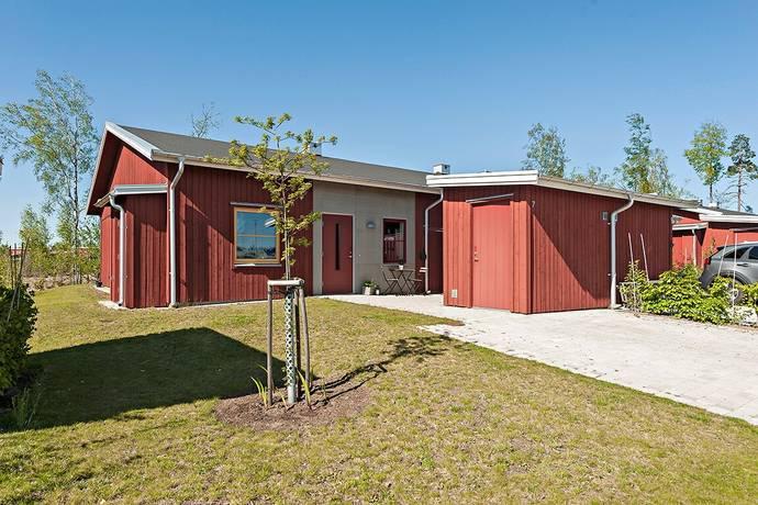 Bild: 4 rum bostadsrätt på Stenhuggarevägen 7, Älmhults kommun Hagabo
