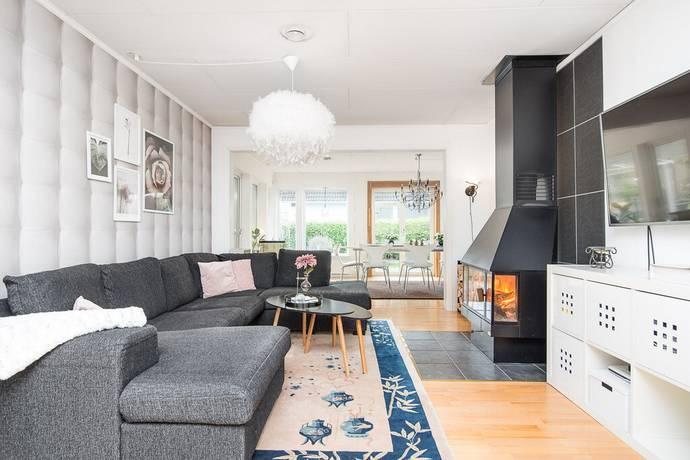 Bild: 6 rum villa på Entitevägen 12, Åtvidabergs kommun Basthagen