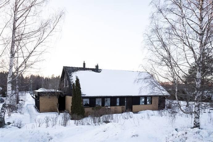 Bild: 6 rum villa på Blåmesvägen 7, Norbergs kommun NORBERG - Skallberget