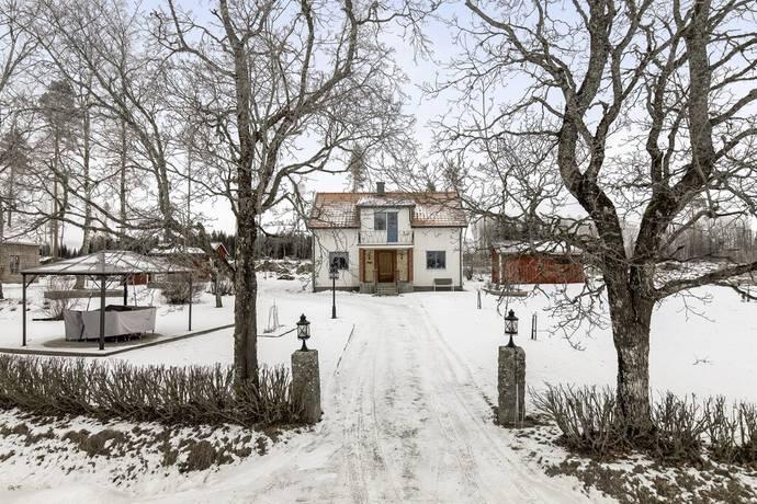 Bild: 6 rum villa på Haga 533, Lindesbergs kommun Finnåker