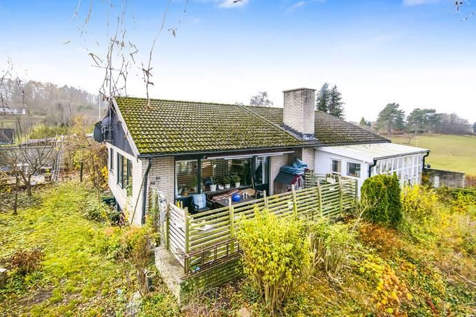 Bild: 6 rum villa på Lukasvägen 23, Simrishamns kommun Vik-Nyhem