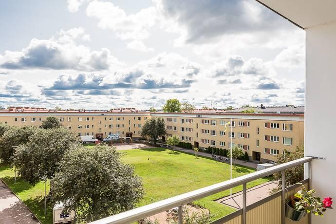 Bild: 4 rum bostadsrätt på Österängsgatan 28 D, Uppsala kommun Fålhagen