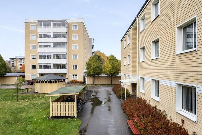 Belysning Arbetsbank Kok : bygga arbetsbonk kok  Bild 2 rum bostadsrott po Liedbergsgatan