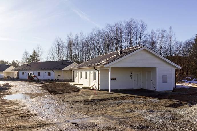 Bild: 3 rum bostadsrätt på Smedsbovägen 7b, Heby kommun Harbo