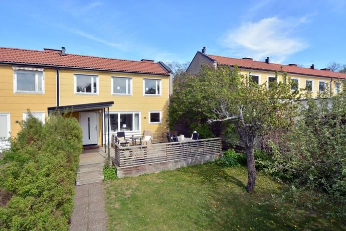 Bild: 5 rum radhus på Sorselevägen 12, Stockholms kommun Vällingby