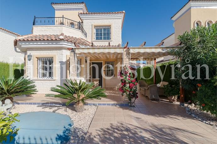 Bild: 4 rum villa på Villa med charm i El Raso, Spanien Guardamar | Torrevieja