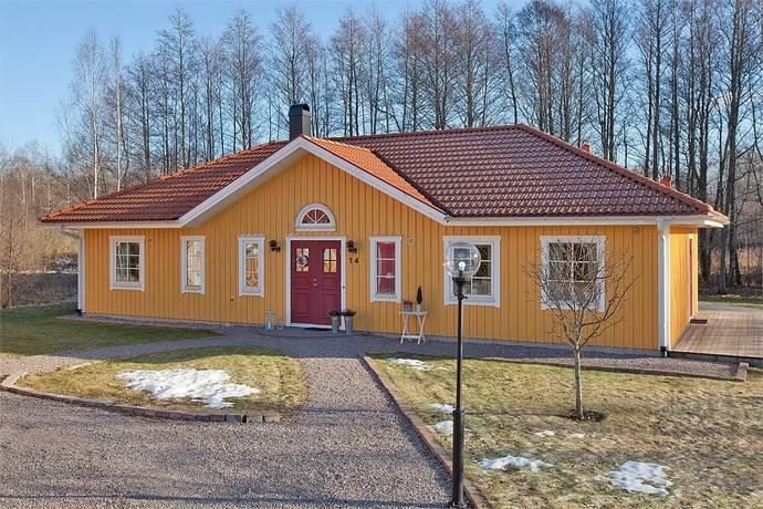 Bild: 5 rum villa på Sörtorpsgatan 14, Katrineholms kommun Strandvägsområdet