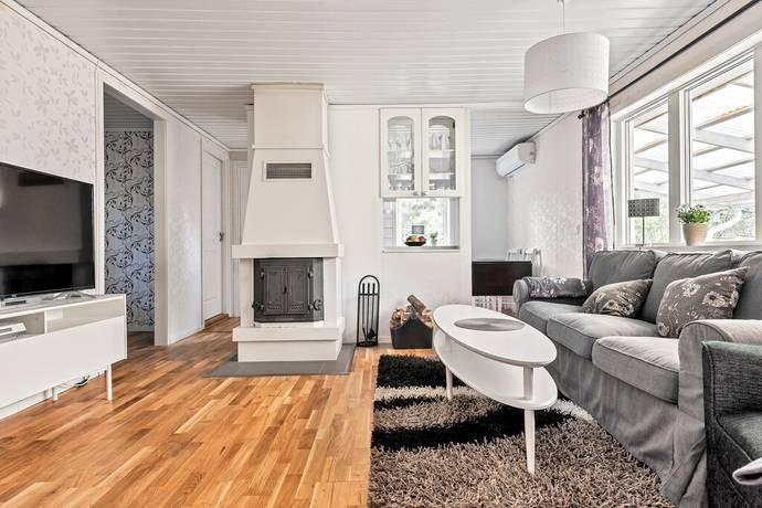 Bild: 3 rum villa på Svartsättravägen 43, Norrtälje kommun Svartsättra