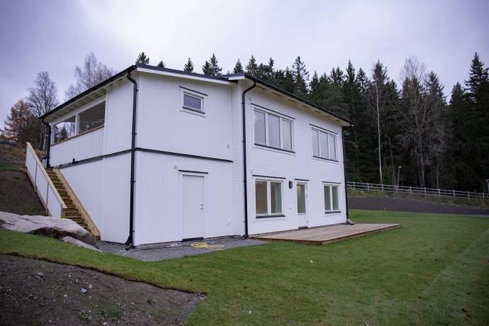 Bild: 6 rum villa på Storhagenvägen  40, Österåkers kommun Kvisslingby - Storhagens Gård