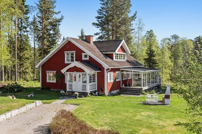 Bild: 6 rum villa på Sörnackstavägen 44, Sundsvalls kommun Sörnacksta