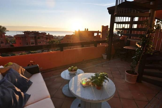 Bild: 3 rum bostadsrätt på Underbart pernthouse i Jardines de Nueva Galera!, Spanien Estepona