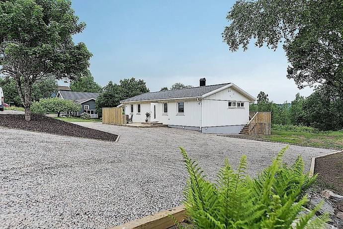 Bild: 5 rum villa på Övre Nabbaviksvägen 4, Borås kommun