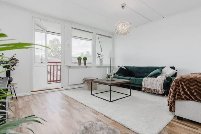 Bild: 1 rum bostadsrätt på Timotejvägen 14, Sollentuna kommun Rotebro