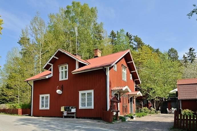 Bild: 10 rum gård/skog på Malmbro gård 2, Botkyrka kommun Grödinge