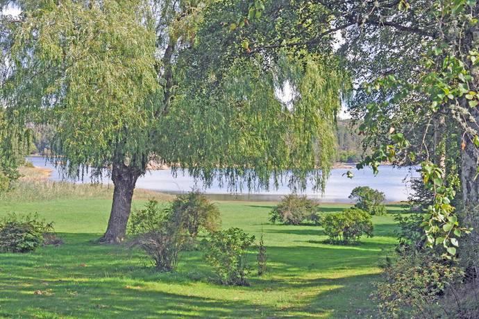 Bild: 4 rum villa på Edholmsvägen 8, Strömstads kommun Öddö