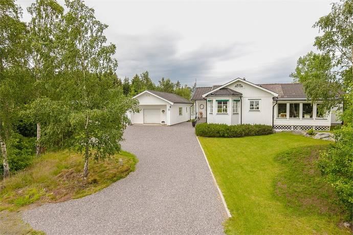 Bild: 6 rum villa på Norra Kedum Vitsippan 11, Lidköpings kommun Marbogården