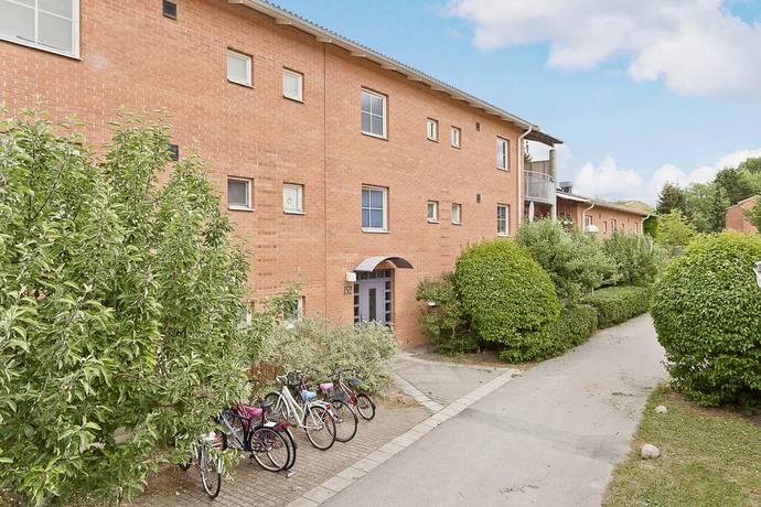 Bild: 4 rum bostadsrätt på Stenhagsvägen 152, Uppsala kommun Stenhagen