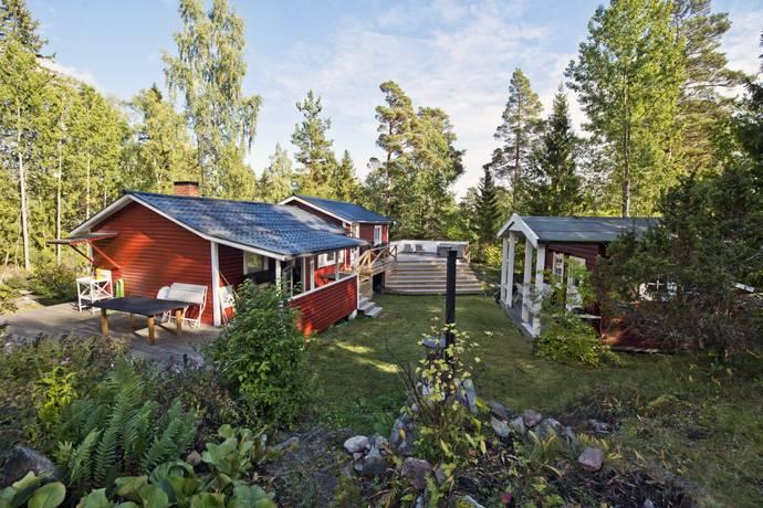 Bild: 4 rum fritidshus på Bedas Backe 9, Norrtälje kommun Grovstanäs