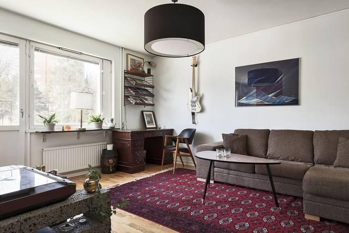 Bild: 1,5 rum bostadsrätt på Hanna Rydhs gata 8, Stockholms kommun Fruängen