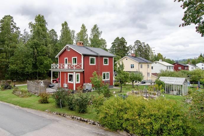 Bild: 5 rum villa på Åsgatan 21, Hofors kommun Standarn