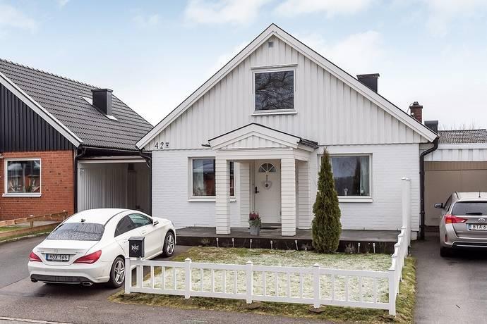Bild: 5 rum radhus på Hansinggatan 42, Borås kommun Hulta
