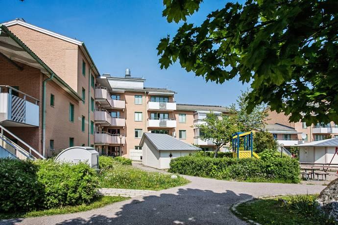 Bild: 2 rum bostadsrätt på Vildrosgatan 31, Västerås kommun Gryta