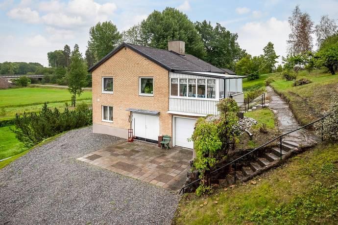 Bild: 3 rum villa på Styckjunkarvägen 11, Eskilstuna kommun Mesta