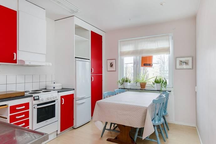 Bild: 2 rum bostadsrätt på Solhagsvägen 24A, Lidköpings kommun Lidåker