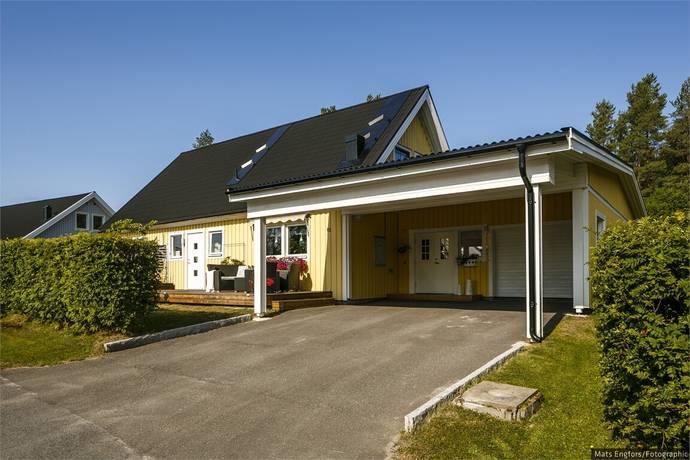 Bild: 6 rum villa på Berggårdsvägen 15, Bodens kommun N:a Svartbyn