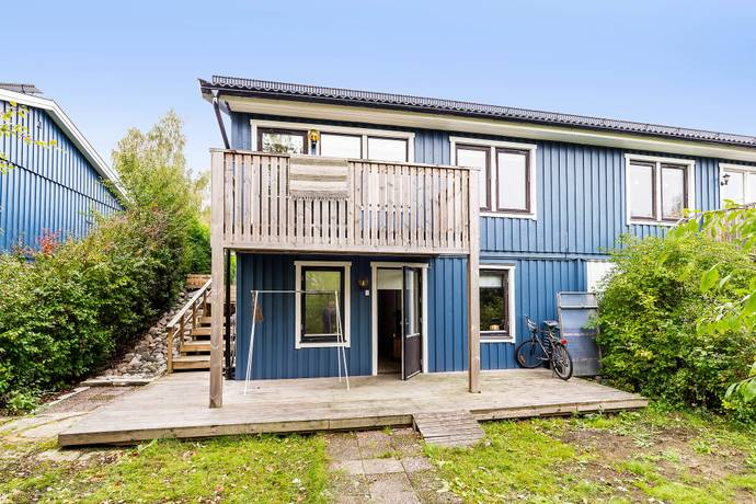 Bild: 4 rum bostadsrätt på Smedjegärdesvägen 3, Österåkers kommun Högsättra