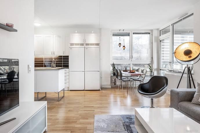 Bild: 4 rum bostadsrätt på Varmfrontsgatan 12, Göteborgs kommun Biskopsgården