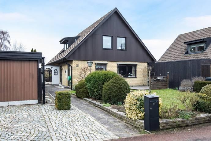 Bild: 5 rum villa på Sedelvägen  18, Trelleborgs kommun Knäckekärr