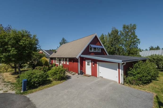 Bild: 5 rum villa på Kornvägen 45, Örnsköldsviks kommun Hallbacken