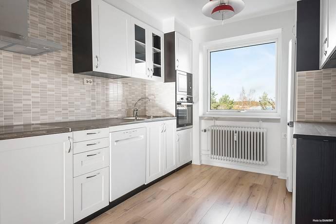 Bild: 3 rum bostadsrätt på Sturegatan 38A, Nässjö kommun Runneryd