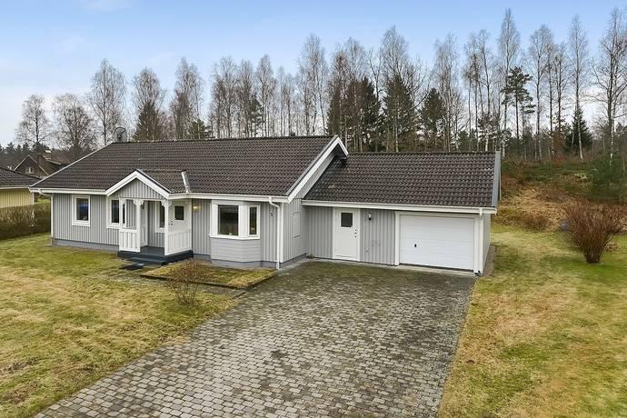 Bild: 4 rum villa på Stubbavägen 5, Osby kommun