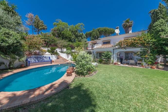 Bild: 4 rum villa på Fin villa beläget vid golfbanan!, Spanien Marbella - Guadalmina