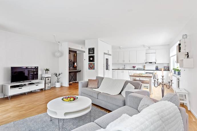 Bild: 3 rum bostadsrätt på Minervavägen 16, Sollentuna kommun Häggvik