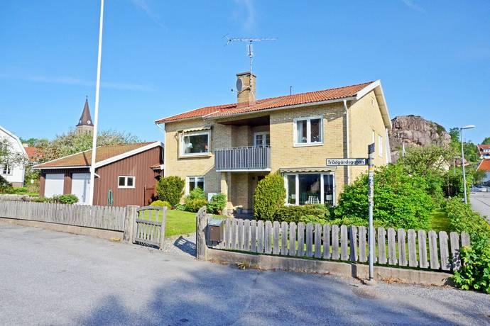Bild: 7 rum villa på Trädgårdsgatan 12, Tanums kommun Fjällbacka