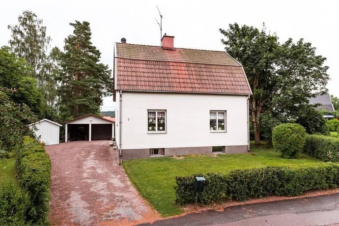 Bild: 4 rum villa på Skogsparken 7, Säters kommun Nya stan