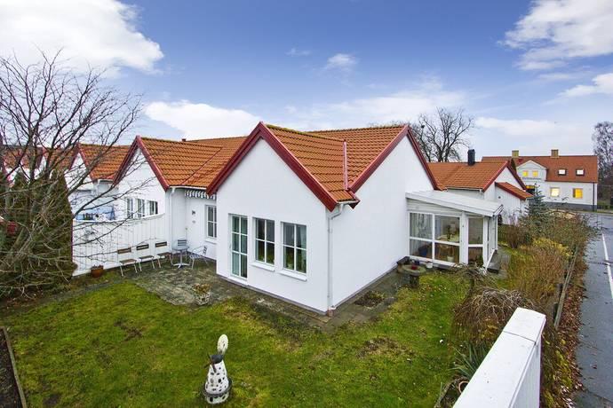 Bild: 3 rum radhus på Kyrkvägen 15e, Staffanstorps kommun Centralt
