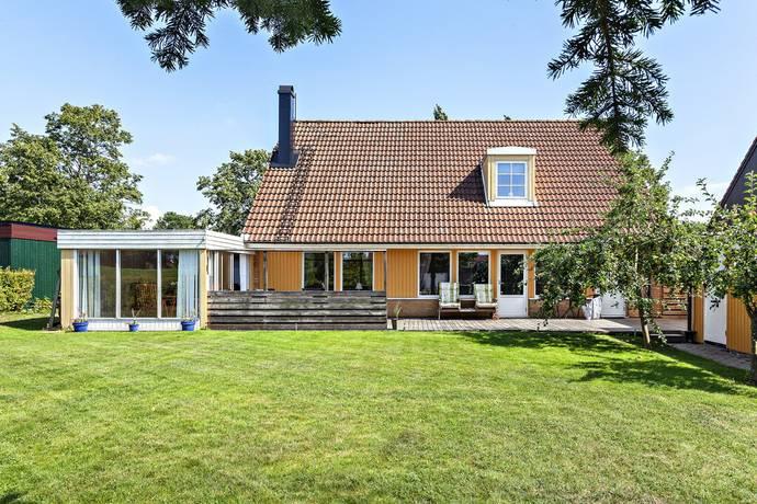 Bild: 5 rum villa på Tokers väg 4, Trelleborgs kommun Trelleborg