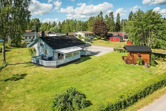 Bild: 5 rum villa på Kvarntorpsvägen 12, Eda kommun