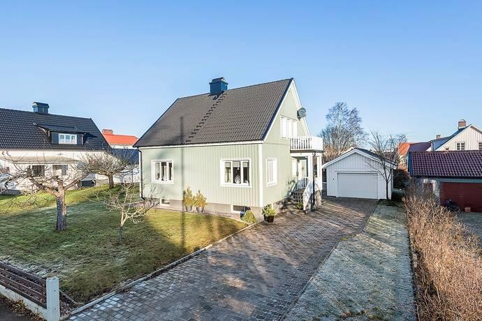 Bild: 5 rum villa på Gästgivaregatan 36, Ljungby kommun Ljungby