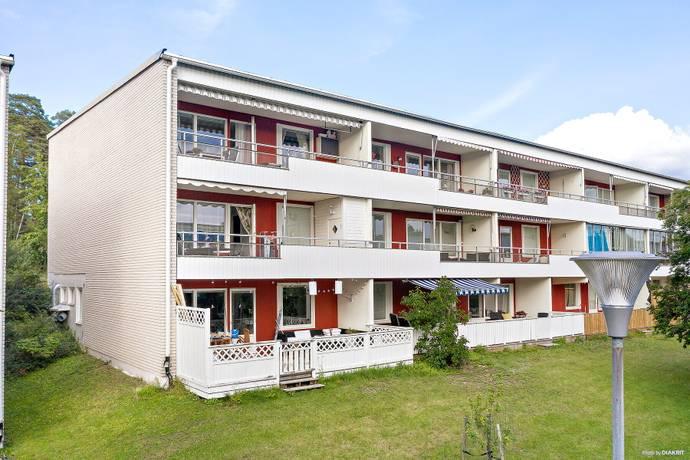 Bild: 3 rum bostadsrätt på Lomvägen 41, 1tr, Sollentuna kommun Kärrdal