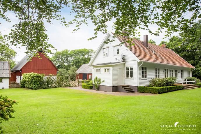 Bild: 9 rum villa på Häradsvägen 37, Båstads kommun Västra Karup