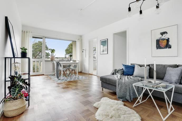 Bild: 3,5 rum bostadsrätt på Backvägen 9, 4tr, Solna kommun Råsunda