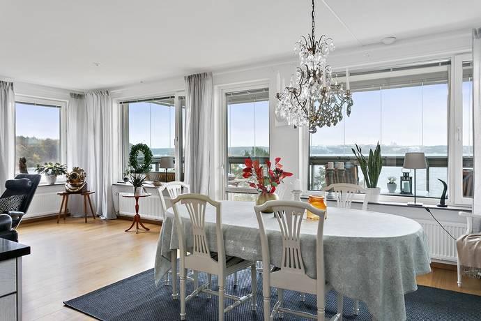 Bild: 4 rum bostadsrätt på Reflektorstigen 1, Lidingö kommun Dalénum