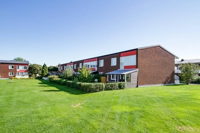 Bild: 2 rum bostadsrätt på Dolomitvägen 30, Örebro kommun Lundby